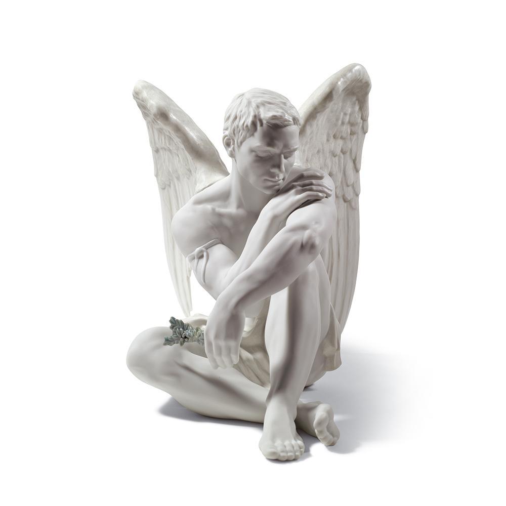 "Скульптура ""Ангел -хранитель"""